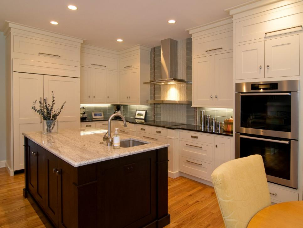 Picture of Multi-Functional Island Kitchen Designs