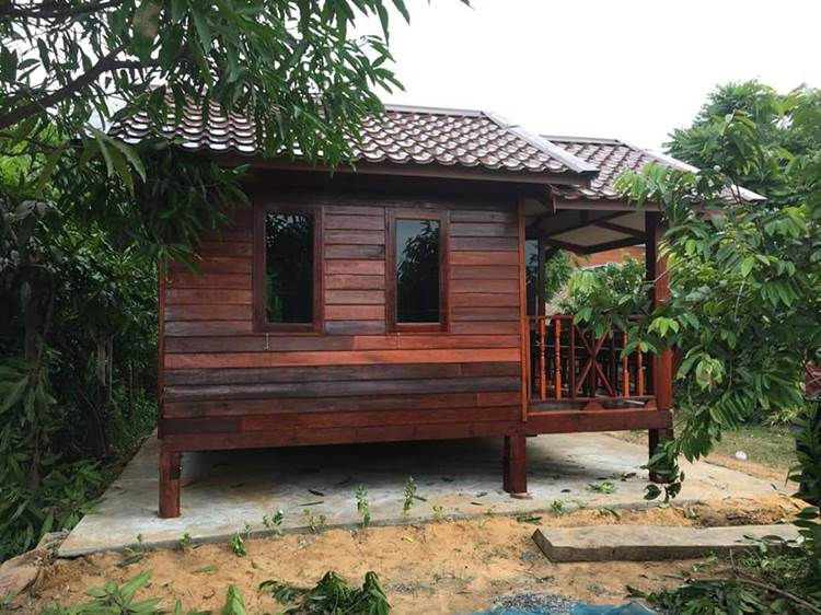 Picture of Modest Small Wooden House Design