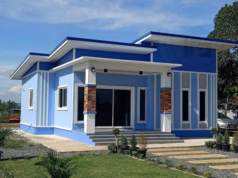 Picture of One Storey Modern House in Blue & White Exterior